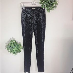 🖤Hollister crushed velvet leggings size XS